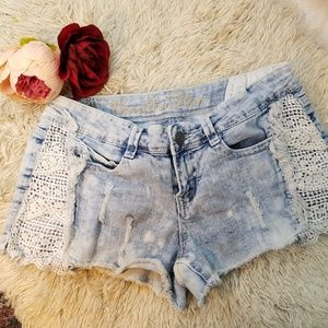 Vanilla Star Distressed Denim Short Sz 7